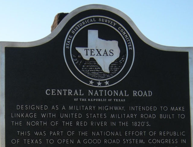 historical marker for the Central National Road of Texas