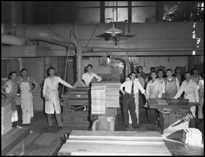 [Industrial Arts Club], Photograph, 1942; (http://texashistory.unt.edu/ark:/67531/metadc233013/ : accessed August 13, 2015), University of North Texas Libraries, The Portal to Texas History, http://texashistory.unt.edu; crediting UNT Libraries Special Collections, Denton, Texas.