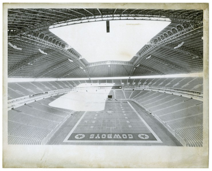 A view of the field and open roof at Texas Stadium in Irving, 1972. From the Lester Strother Texas Metro Collection. UNTA_AR0327-101-002